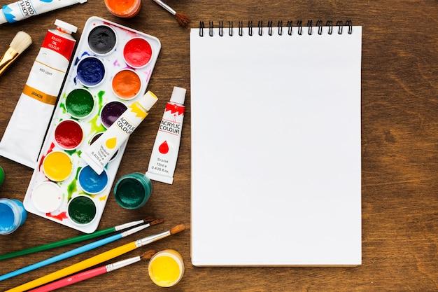スタジオアートツールとコピースペース 無料写真