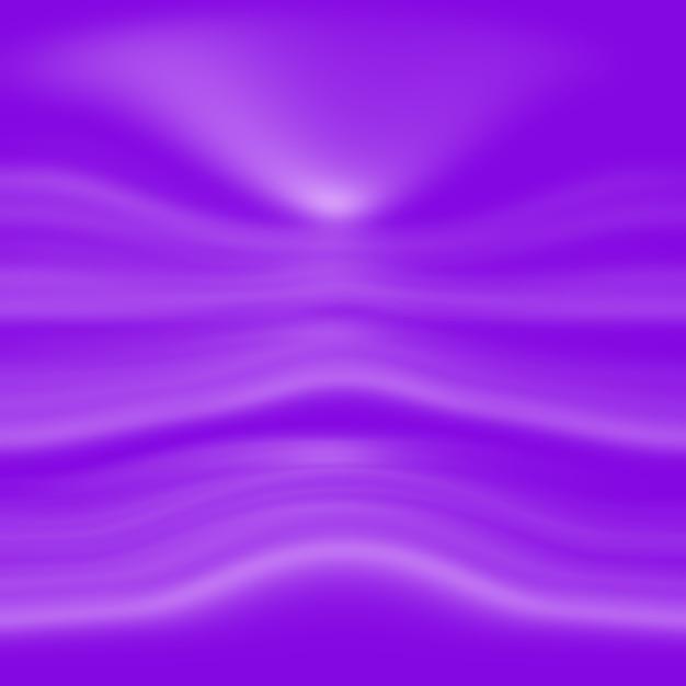 Concetto del fondo dello studio - fondo viola chiaro vuoto astratto della stanza dello studio di pendenza per il prodotto Foto Gratuite