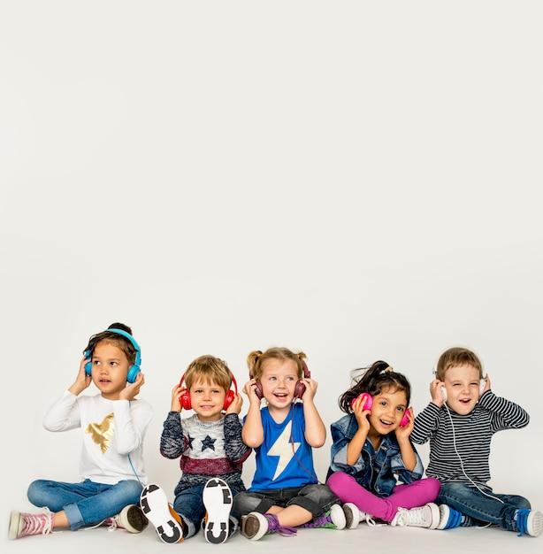 Studio people kid model shoot race Premium Photo