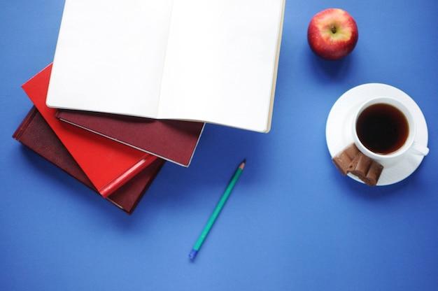 Study stuff. education. aspects of education. Premium Photo