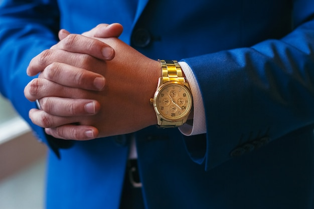 Successful entrepreneur and businessman. hands Premium Photo