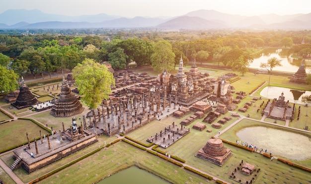 Premium Photo Sukhothai Historical Park In Sukhothai Province Northern Of Thailand