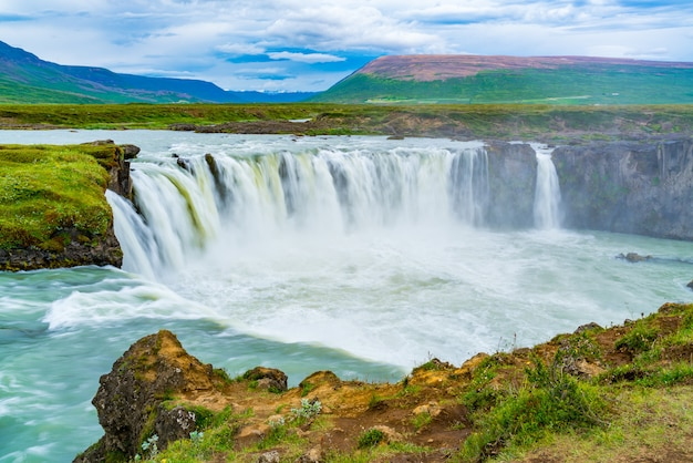 Summer scene of godafoss waterfall in cloudy day Premium Photo