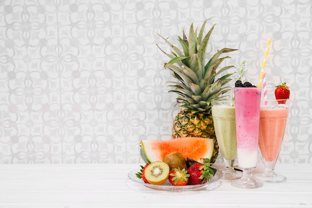 Summer smoothie composition Free Photo