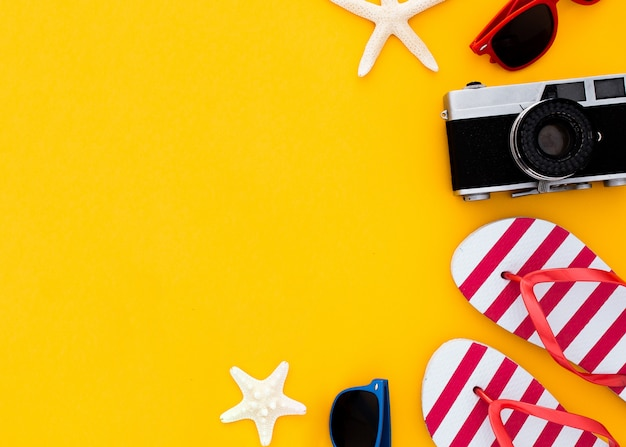 Summer vacation concept flat lay. beach accessories top view. copyspace Free Photo