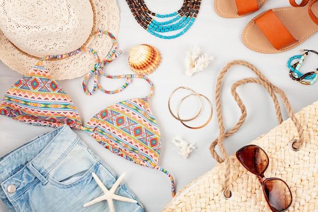 Summer vacation, travel, tourism concept flat lay Premium Photo