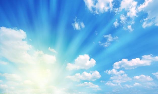 태양과 구름 무료 사진
