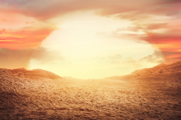 砂漠の夕日 Premium写真