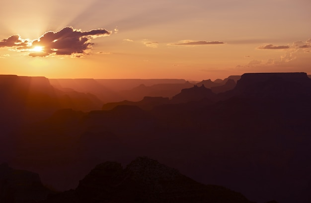 Sunset in grand canyon Free Photo