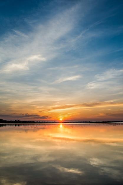 Sunset in the lake Premium Photo