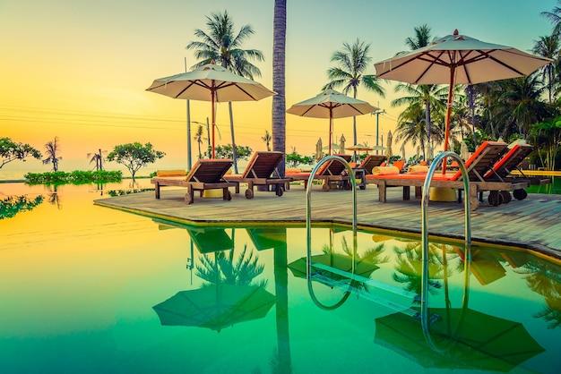 Sunset pool Free Photo
