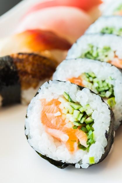 Rotolo di sushi Foto Gratuite