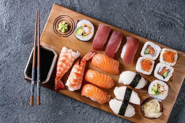Sushi set nigiri and rolls Premium Photo