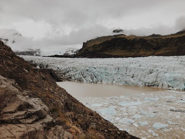 Ледник свинафеллсйокул Premium Фотографии
