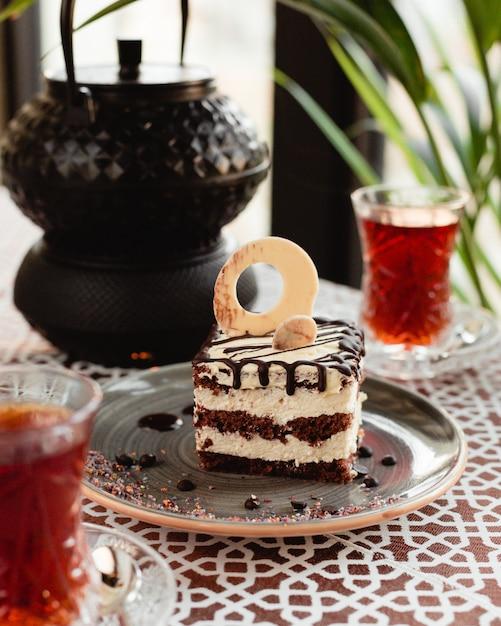 Sweet cake with tea Free Photo