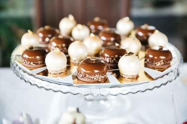 Sweet caramel candy for table decoration Free Photo