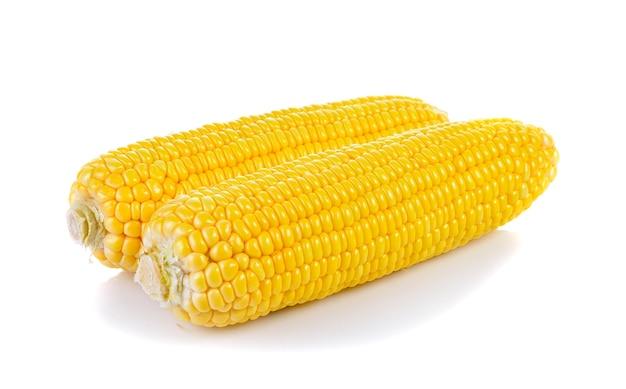 Сладкая кукуруза изолирована Premium Фотографии