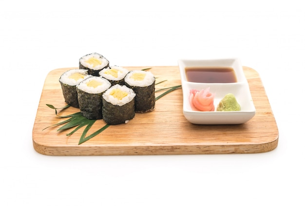 Sweet egg maki tamago japanese food style photo premium download sweet egg maki tamago japanese food style premium photo forumfinder Images