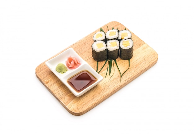 Sweet egg maki (tamago) - japanese food style Premium Photo