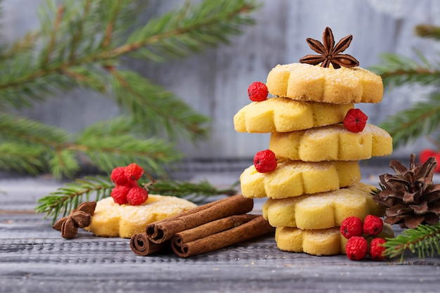 Sweet shortbread cookies in form of christmas tree Premium Photo