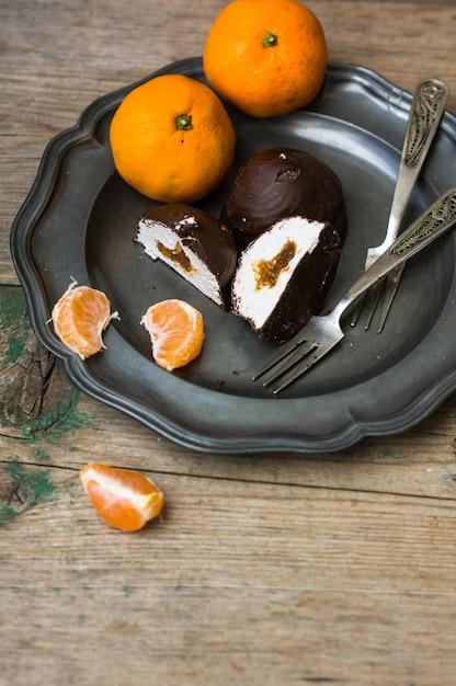 Sweet on vintage plate Premium Photo