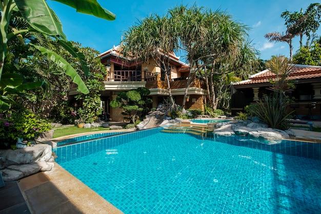 Swimming pool at resort Free Photo