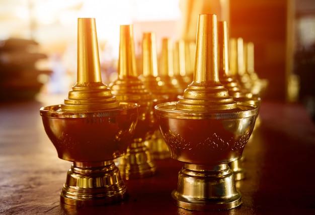 Символы буддизма. юго-восточная азия. детали буддийского виска в таиланде. Premium Фотографии
