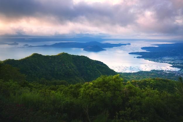 Taal volcano Premium Photo
