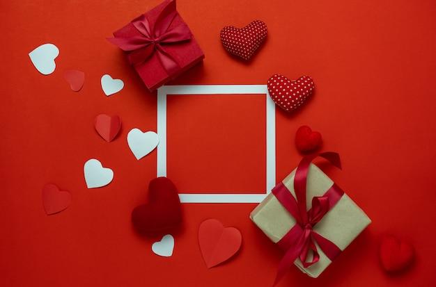 Антенна взгляда столешницы концепции предпосылки праздника дня валентинки украшения. Premium Фотографии