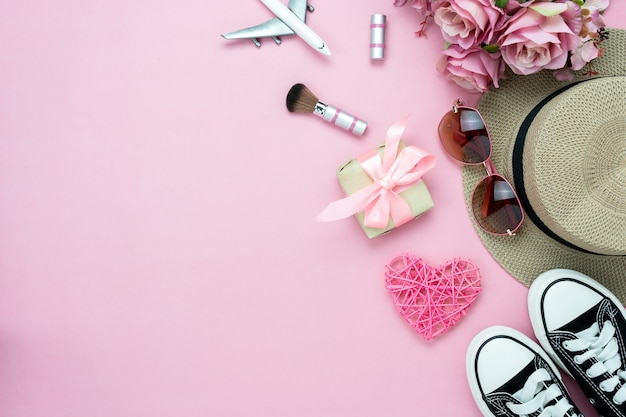 Table top view of decorations valentine's day & cosmetic women. Premium Photo