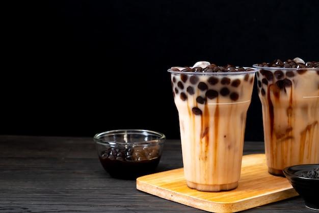 Taiwan milk tea with bubble Premium Photo