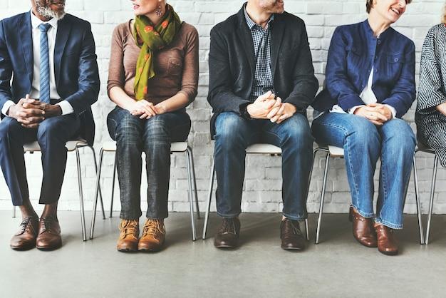 Групповая дискуссионная группа talking concept Premium Фотографии
