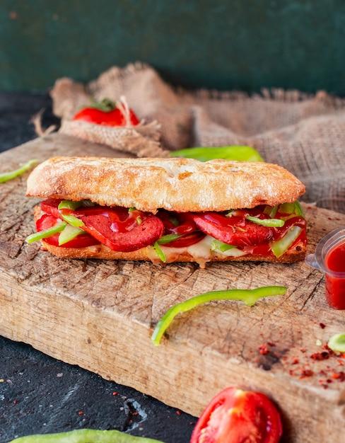 Tandir bread doner, sucuk ekmek with sausage Free Photo
