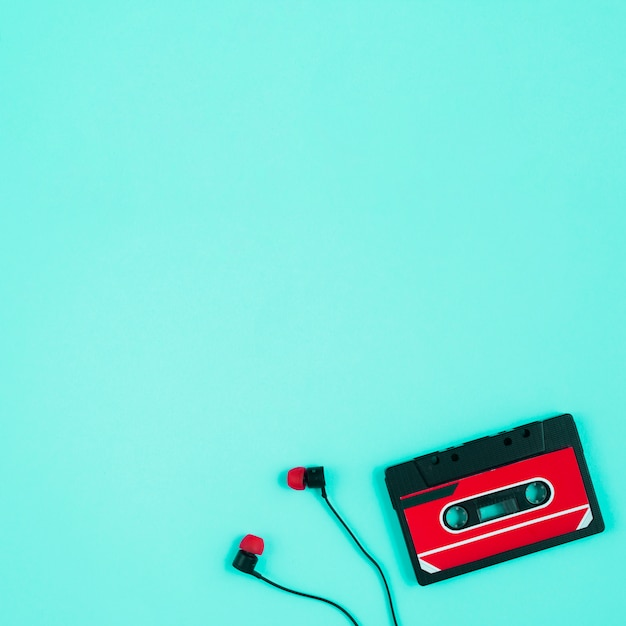 Tape cassette and earbuds Free Photo