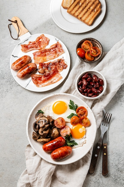 Tasty breakfast meal composition Free Photo
