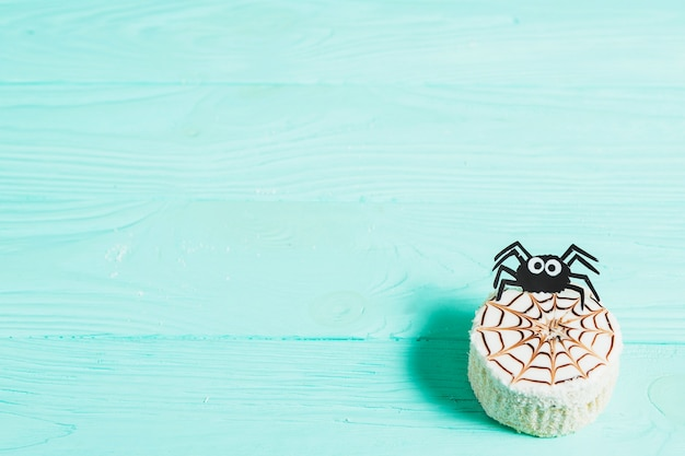 Tasty cake with decorating spider Free Photo