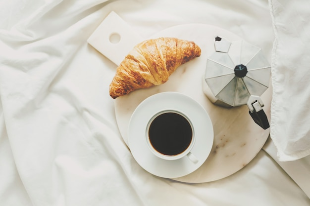 Tasty classic breakfast served in bed Free Photo