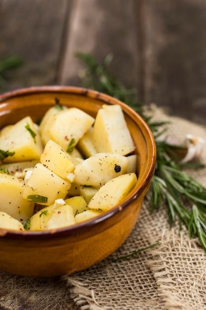 Concetto di pasto gustoso con patate Foto Gratuite