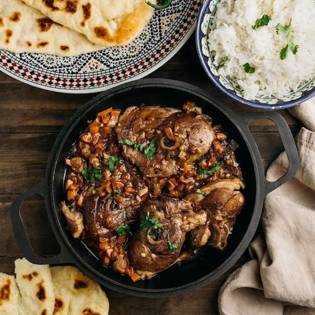 おいしいパキスタン料理の上面図 無料写真