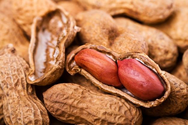 Tasty peanuts Premium Photo