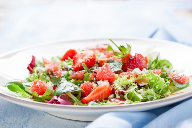 Tasty salad with strawberries Free Photo