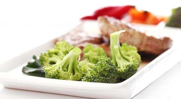 Tasty steak with vegetables Free Photo