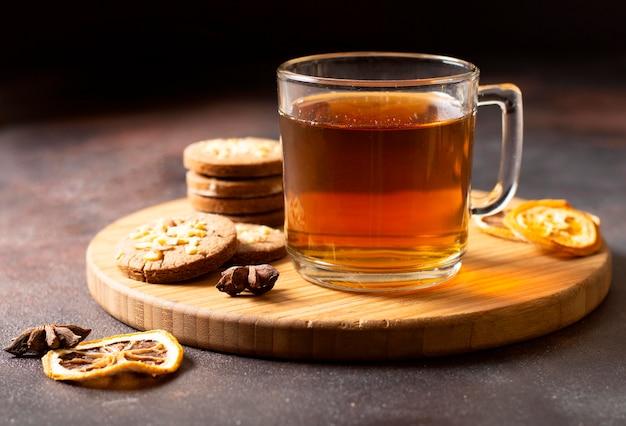 Чайный зимний напиток с печеньем Бесплатные Фотографии
