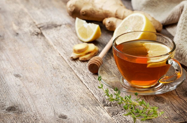 Tea with ginger and lemon Premium Photo