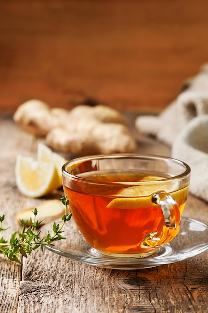 Tea with ginger and lemon Premium Photo