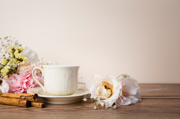 Tea on wooden table front view Free Photo