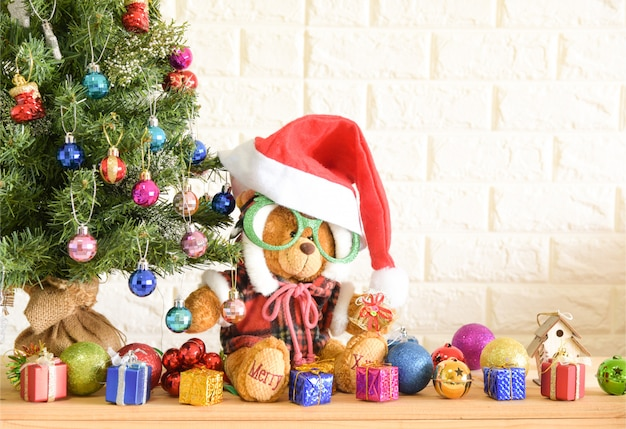 teddy bear christmas tree background and happy new year background premium photo
