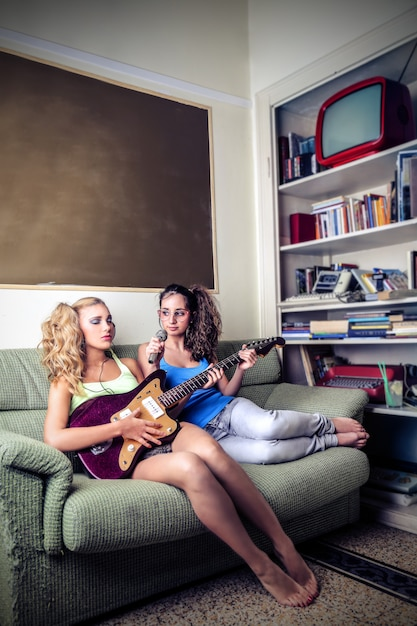 Teenage passion about music Premium Photo