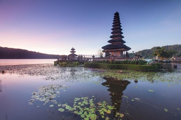 Temple in bali Premium Photo