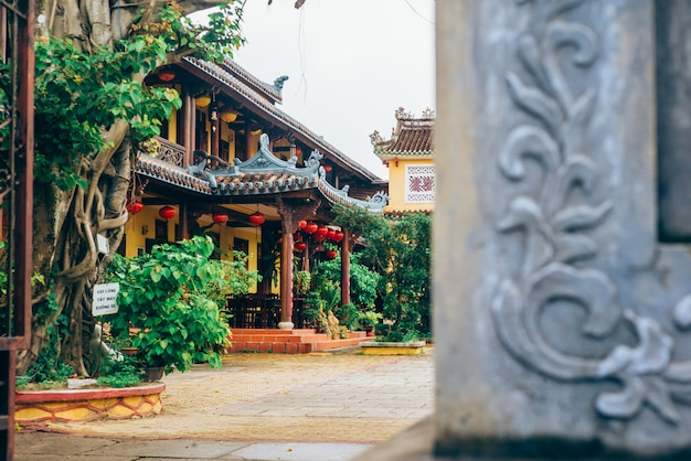Temple in hoi an, vietnam Premium Photo
